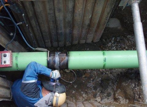 溶接会所土留め・鋼管接続部溶接状況