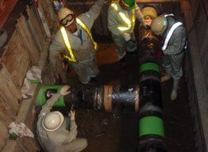 溶接箇所の漏洩検査(可燃性ガス漏洩探知機)